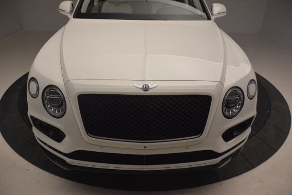 Used 2018 Bentley Bentayga Black Edition for sale Sold at Alfa Romeo of Greenwich in Greenwich CT 06830 13