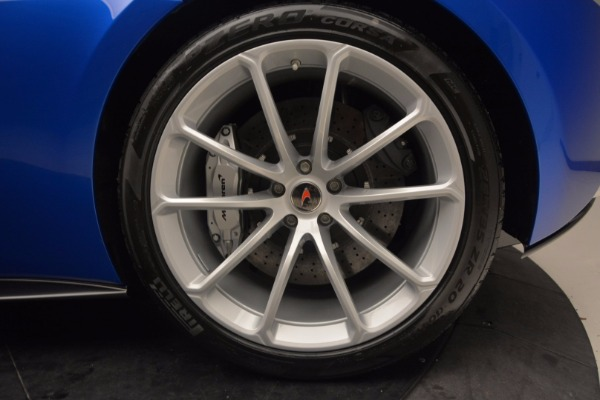 Used 2018 McLaren 570S Spider for sale Call for price at Alfa Romeo of Greenwich in Greenwich CT 06830 25