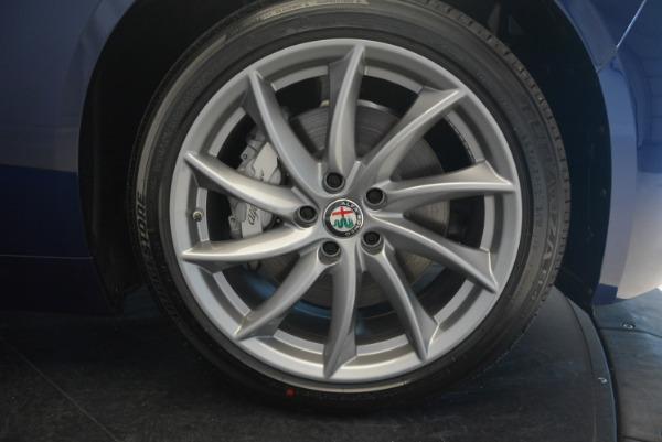 New 2017 Alfa Romeo Giulia Q4 for sale Sold at Alfa Romeo of Greenwich in Greenwich CT 06830 20