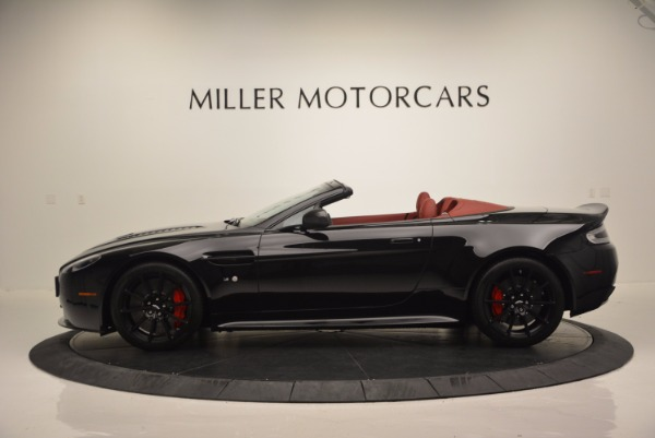Used 2015 Aston Martin V12 Vantage S Roadster for sale Sold at Alfa Romeo of Greenwich in Greenwich CT 06830 3