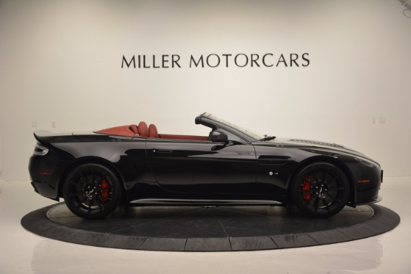 Used 2015 Aston Martin V12 Vantage S Roadster for sale Sold at Alfa Romeo of Greenwich in Greenwich CT 06830 9