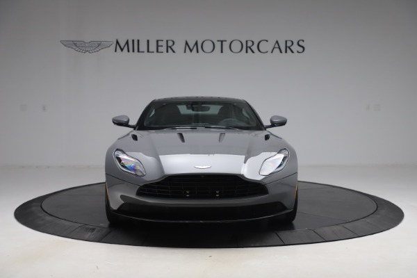 Used 2017 Aston Martin DB11 for sale $149,900 at Alfa Romeo of Greenwich in Greenwich CT 06830 11