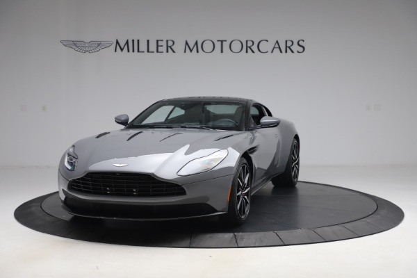 Used 2017 Aston Martin DB11 V12 for sale $149,900 at Alfa Romeo of Greenwich in Greenwich CT 06830 12