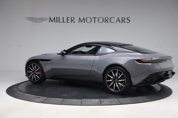 Used 2017 Aston Martin DB11 V12 for sale $149,900 at Alfa Romeo of Greenwich in Greenwich CT 06830 3