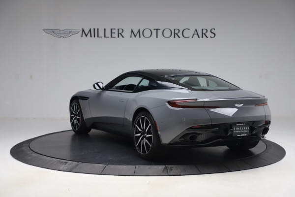 Used 2017 Aston Martin DB11 for sale $149,900 at Alfa Romeo of Greenwich in Greenwich CT 06830 4