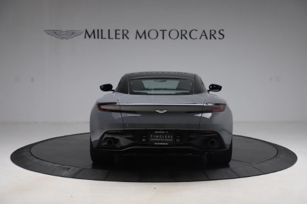 Used 2017 Aston Martin DB11 for sale $149,900 at Alfa Romeo of Greenwich in Greenwich CT 06830 5