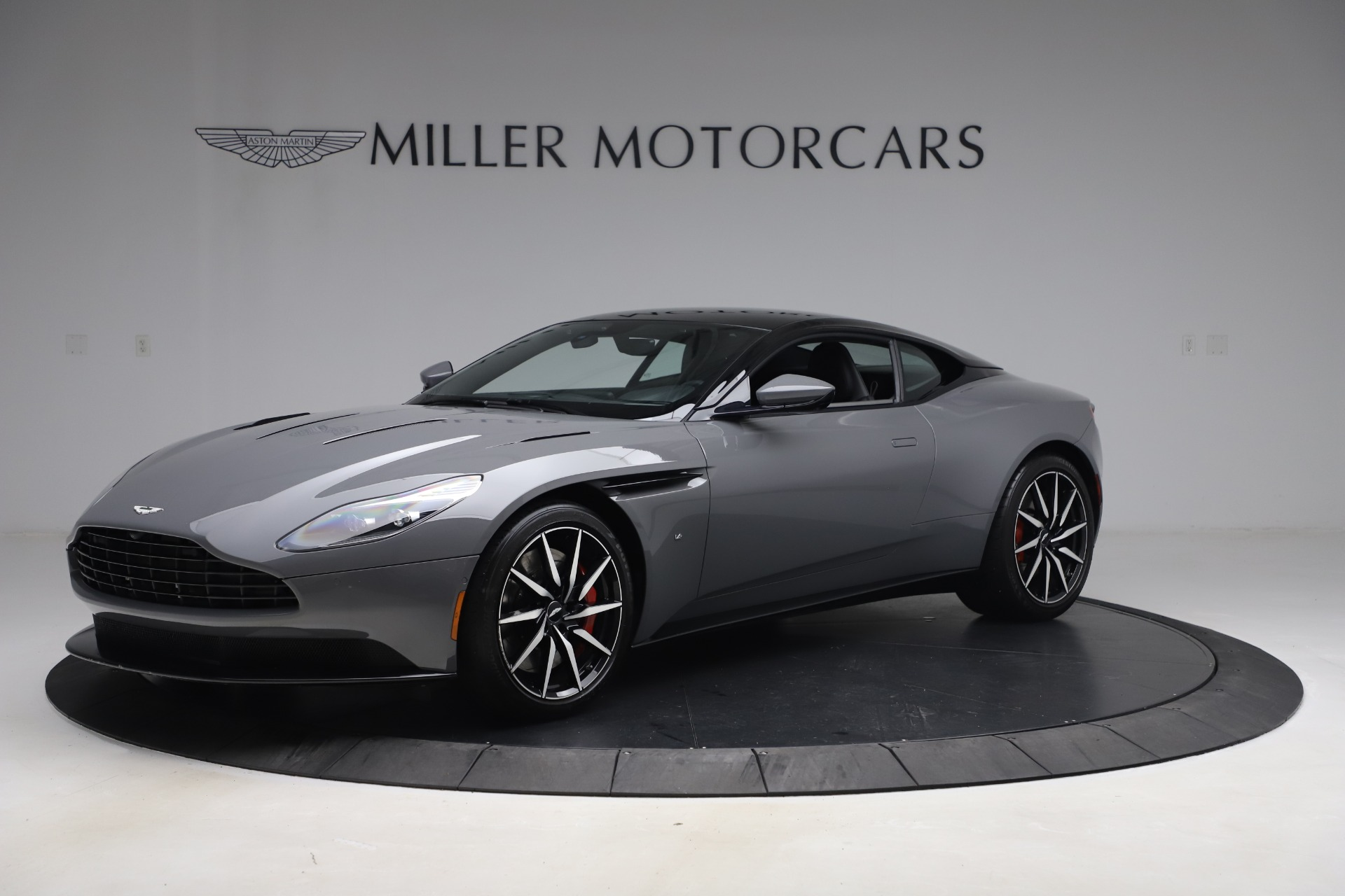 Used 2017 Aston Martin DB11 for sale $149,900 at Alfa Romeo of Greenwich in Greenwich CT 06830 1