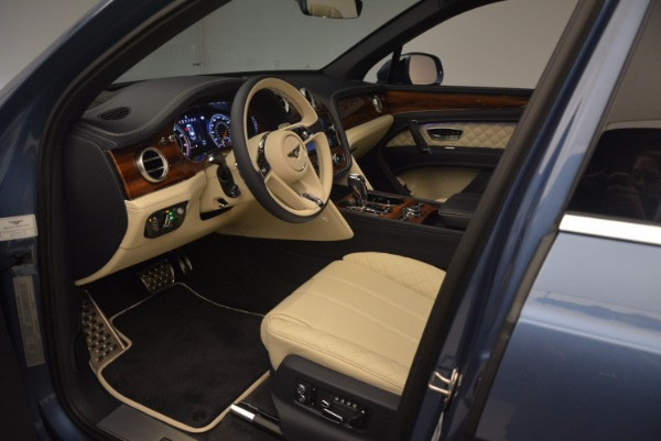 New 2018 Bentley Bentayga for sale Sold at Alfa Romeo of Greenwich in Greenwich CT 06830 22