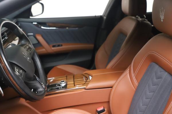 Used 2017 Maserati Quattroporte SQ4 GranLusso/ Zegna for sale $62,900 at Alfa Romeo of Greenwich in Greenwich CT 06830 14