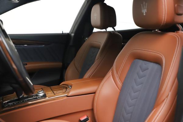 Used 2017 Maserati Quattroporte SQ4 GranLusso/ Zegna for sale $62,900 at Alfa Romeo of Greenwich in Greenwich CT 06830 15