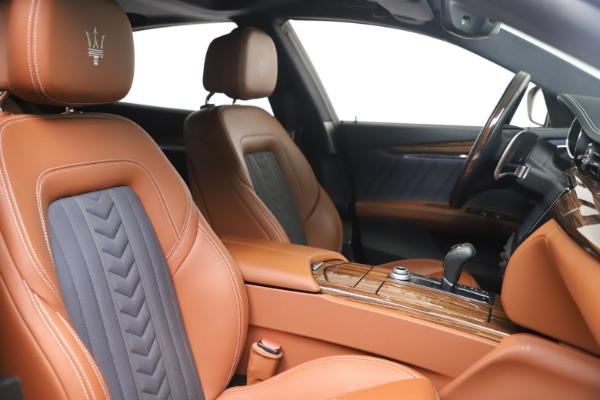 Used 2017 Maserati Quattroporte SQ4 GranLusso/ Zegna for sale $62,900 at Alfa Romeo of Greenwich in Greenwich CT 06830 21