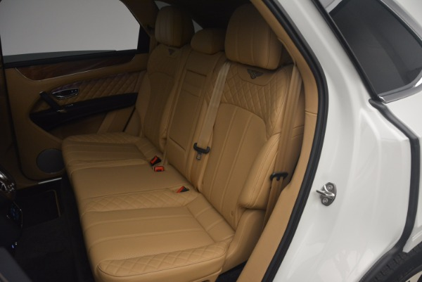 New 2018 Bentley Bentayga W12 Signature for sale Sold at Alfa Romeo of Greenwich in Greenwich CT 06830 22