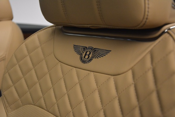 New 2018 Bentley Bentayga W12 Signature for sale Sold at Alfa Romeo of Greenwich in Greenwich CT 06830 23