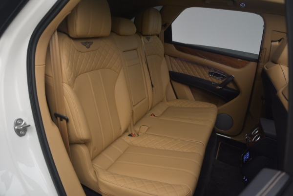 New 2018 Bentley Bentayga W12 Signature for sale Sold at Alfa Romeo of Greenwich in Greenwich CT 06830 25