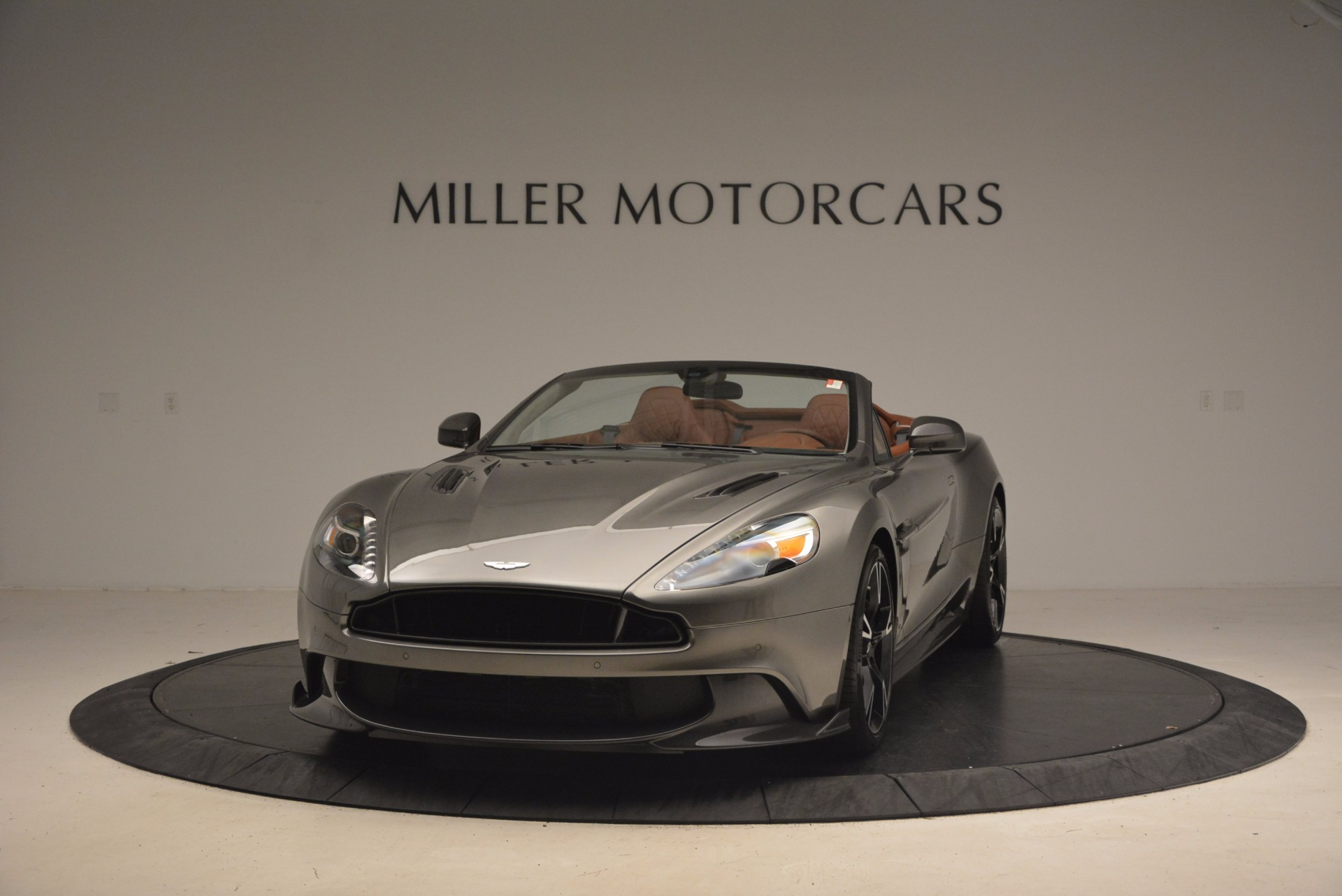 Used 2018 Aston Martin Vanquish S Convertible for sale Sold at Alfa Romeo of Greenwich in Greenwich CT 06830 1