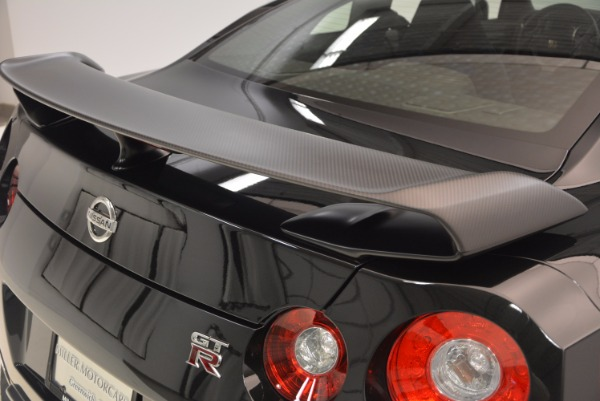 Used 2014 Nissan GT-R Track Edition for sale Sold at Alfa Romeo of Greenwich in Greenwich CT 06830 13