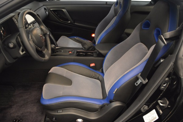 Used 2014 Nissan GT-R Track Edition for sale Sold at Alfa Romeo of Greenwich in Greenwich CT 06830 16