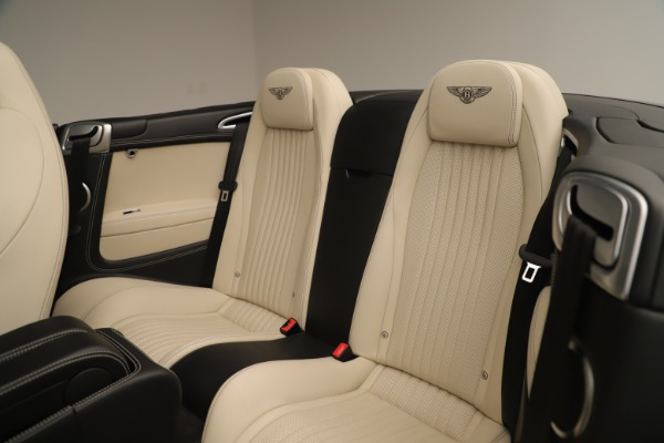 Used 2016 Bentley Continental GTC V8 S for sale $142,900 at Alfa Romeo of Greenwich in Greenwich CT 06830 26