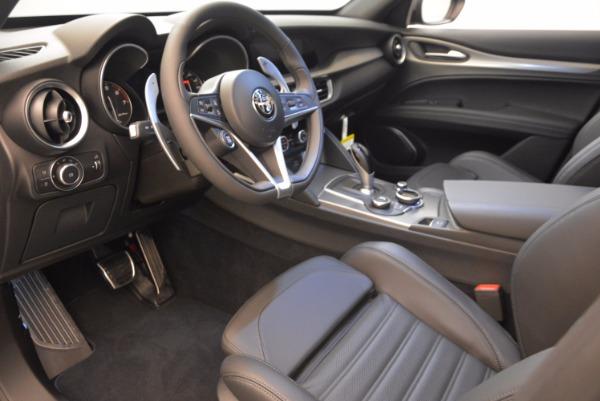 New 2018 Alfa Romeo Stelvio Ti Sport Q4 for sale Sold at Alfa Romeo of Greenwich in Greenwich CT 06830 13