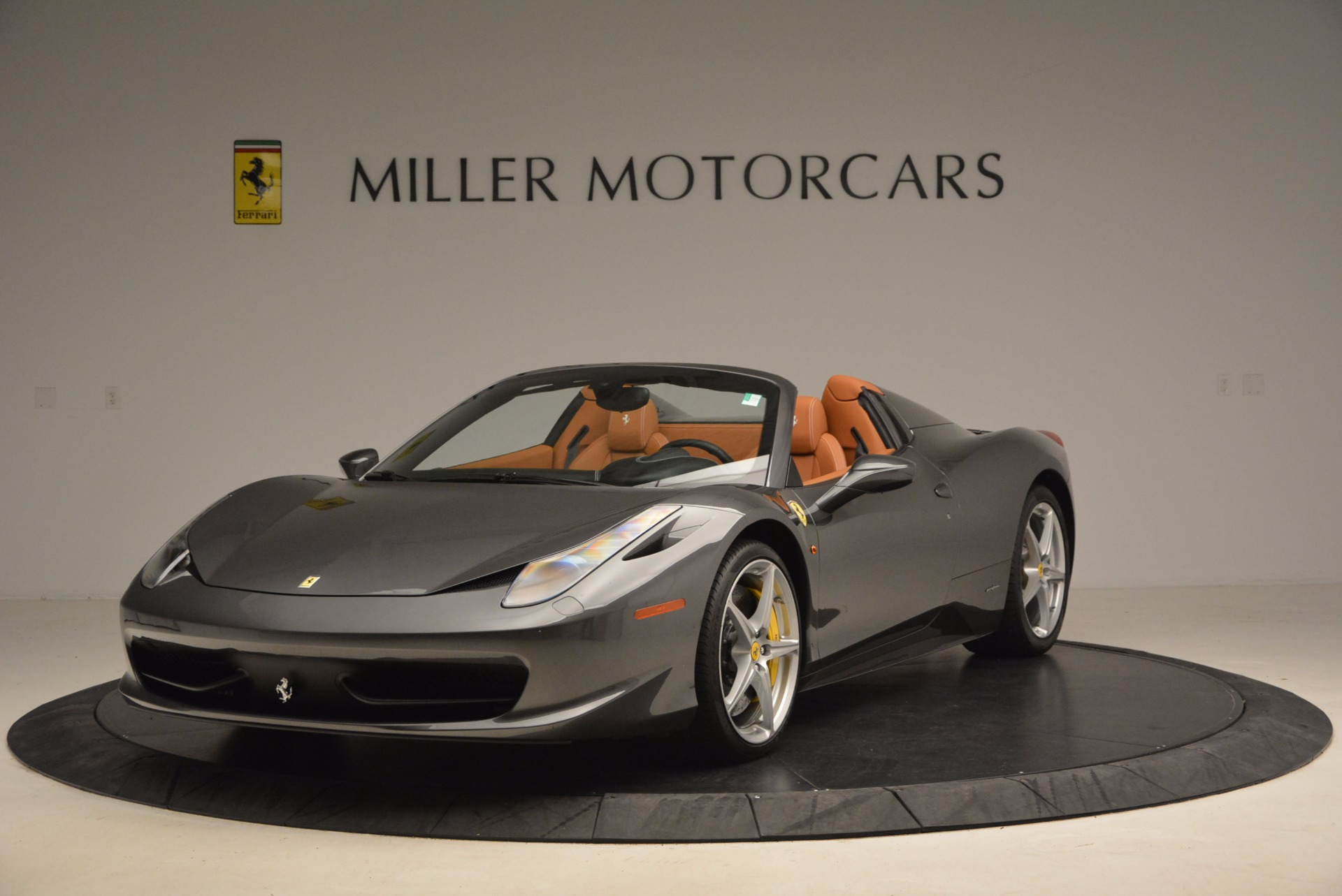 Used 2015 Ferrari 458 Spider for sale Sold at Alfa Romeo of Greenwich in Greenwich CT 06830 1