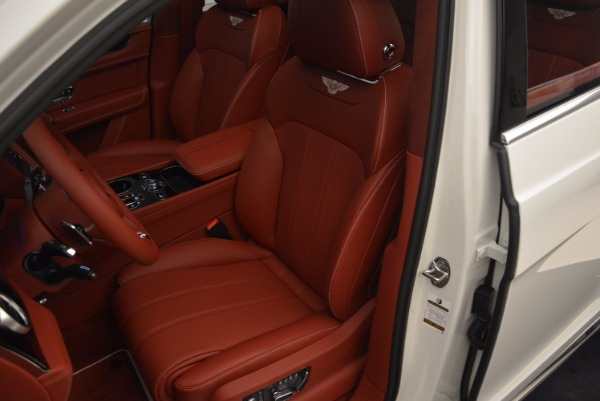 New 2018 Bentley Bentayga Onyx for sale Sold at Alfa Romeo of Greenwich in Greenwich CT 06830 28