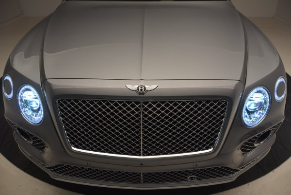 New 2018 Bentley Bentayga for sale Sold at Alfa Romeo of Greenwich in Greenwich CT 06830 14