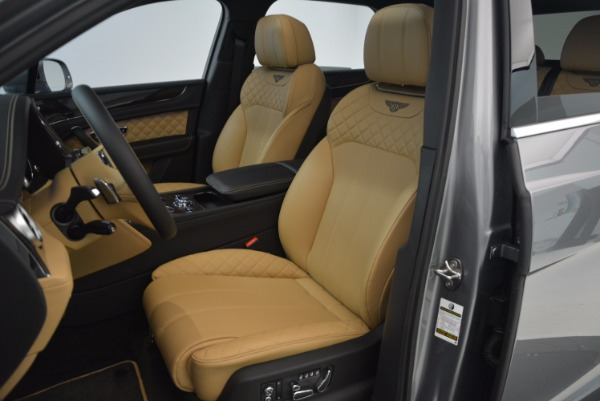 New 2018 Bentley Bentayga for sale Sold at Alfa Romeo of Greenwich in Greenwich CT 06830 28