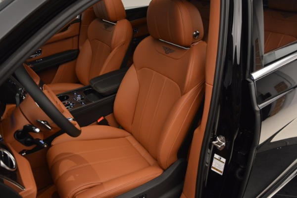 Used 2018 Bentley Bentayga Onyx Edition for sale Call for price at Alfa Romeo of Greenwich in Greenwich CT 06830 23
