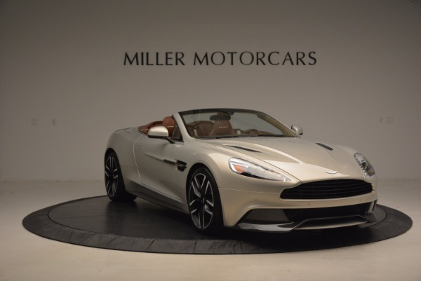 Used 2015 Aston Martin Vanquish Volante for sale Sold at Alfa Romeo of Greenwich in Greenwich CT 06830 11