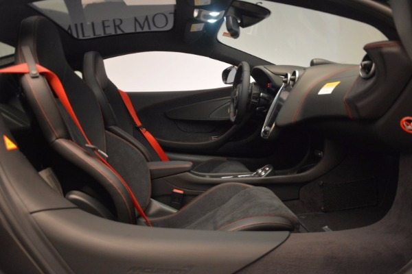 New 2017 McLaren 570GT for sale Sold at Alfa Romeo of Greenwich in Greenwich CT 06830 22