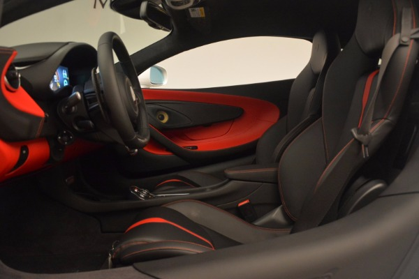 Used 2017 McLaren 570S for sale Sold at Alfa Romeo of Greenwich in Greenwich CT 06830 17