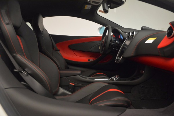 Used 2017 McLaren 570S for sale Sold at Alfa Romeo of Greenwich in Greenwich CT 06830 20