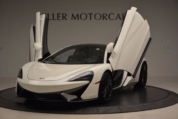 Used 2017 McLaren 570GT for sale Sold at Alfa Romeo of Greenwich in Greenwich CT 06830 23