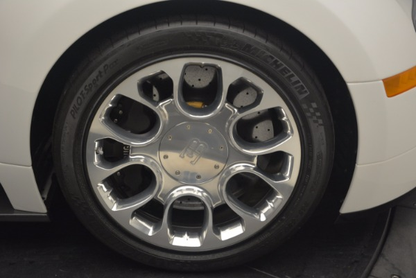 Used 2011 Bugatti Veyron 16.4 Grand Sport for sale Call for price at Alfa Romeo of Greenwich in Greenwich CT 06830 24