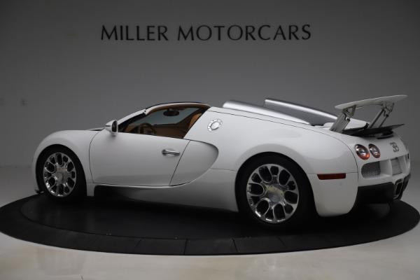 Used 2011 Bugatti Veyron 16.4 Grand Sport for sale Call for price at Alfa Romeo of Greenwich in Greenwich CT 06830 4