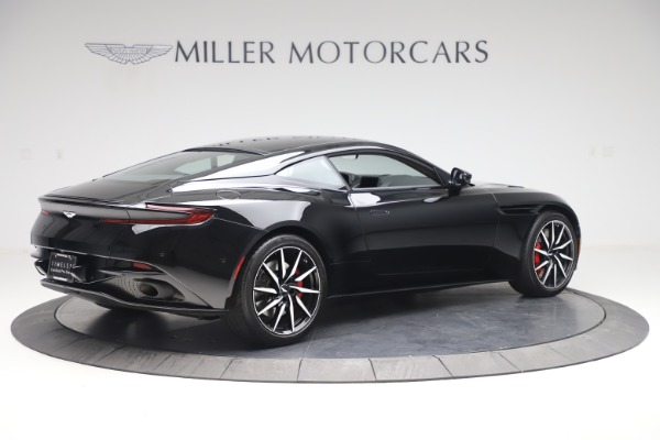 Used 2017 Aston Martin DB11 V12 Coupe for sale $135,900 at Alfa Romeo of Greenwich in Greenwich CT 06830 7
