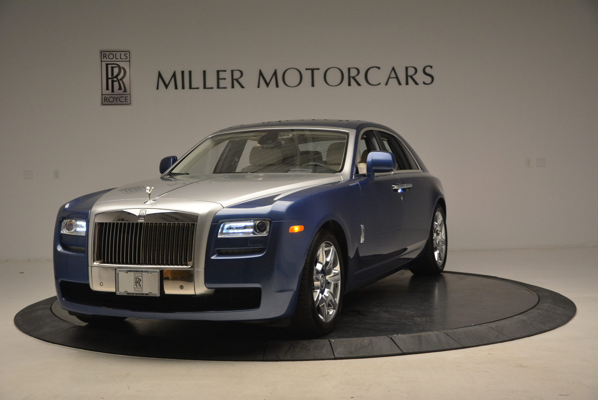 Used 2010 Rolls-Royce Ghost for sale Call for price at Alfa Romeo of Greenwich in Greenwich CT 06830 1