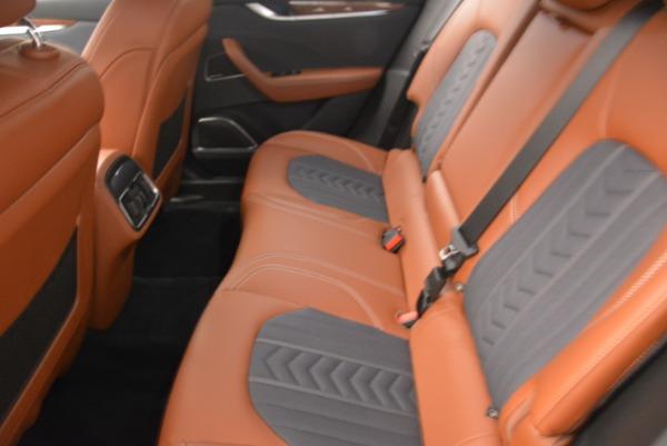 Used 2018 Maserati Levante Q4 GranLusso for sale $59,900 at Alfa Romeo of Greenwich in Greenwich CT 06830 18