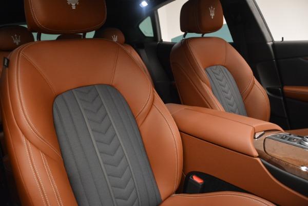 Used 2018 Maserati Levante Q4 GranLusso for sale Sold at Alfa Romeo of Greenwich in Greenwich CT 06830 25