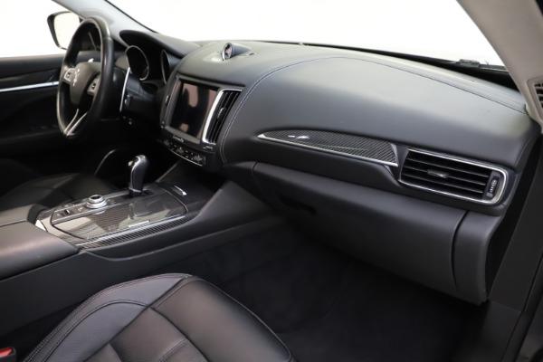 Used 2018 Maserati Levante SQ4 GranSport for sale $55,900 at Alfa Romeo of Greenwich in Greenwich CT 06830 22