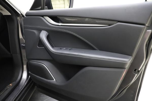 Used 2018 Maserati Levante SQ4 GranSport for sale $55,900 at Alfa Romeo of Greenwich in Greenwich CT 06830 25