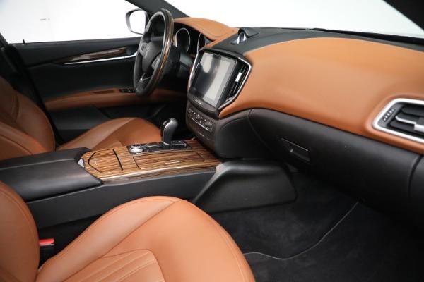 Used 2018 Maserati Ghibli S Q4 GranLusso for sale $56,900 at Alfa Romeo of Greenwich in Greenwich CT 06830 20
