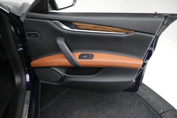 Used 2018 Maserati Ghibli S Q4 GranLusso for sale $56,900 at Alfa Romeo of Greenwich in Greenwich CT 06830 22