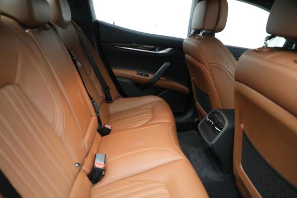 Used 2018 Maserati Ghibli S Q4 GranLusso for sale $56,900 at Alfa Romeo of Greenwich in Greenwich CT 06830 24