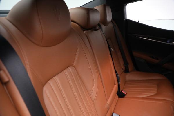Used 2018 Maserati Ghibli S Q4 GranLusso for sale $56,900 at Alfa Romeo of Greenwich in Greenwich CT 06830 25