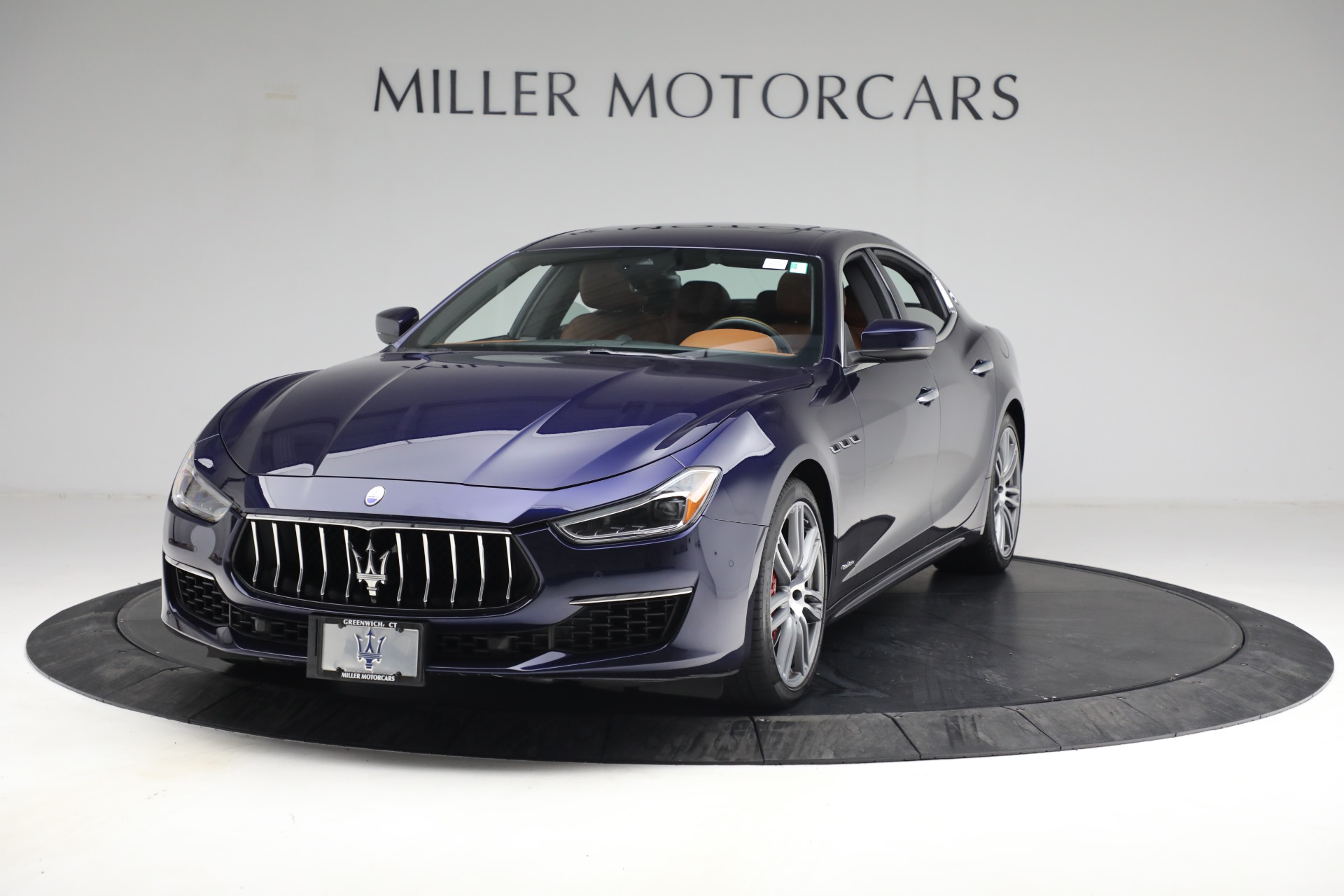 New 2018 Maserati Ghibli S Q4 GranLusso for sale Sold at Alfa Romeo of Greenwich in Greenwich CT 06830 1