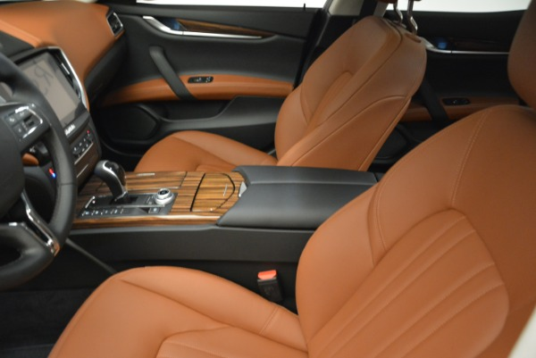 Used 2018 Maserati Ghibli S Q4 for sale $49,900 at Alfa Romeo of Greenwich in Greenwich CT 06830 14