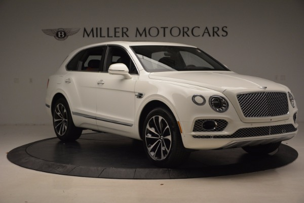 Used 2018 Bentley Bentayga Onyx for sale Call for price at Alfa Romeo of Greenwich in Greenwich CT 06830 11