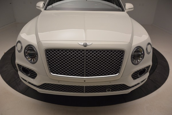 Used 2018 Bentley Bentayga Onyx for sale Call for price at Alfa Romeo of Greenwich in Greenwich CT 06830 13