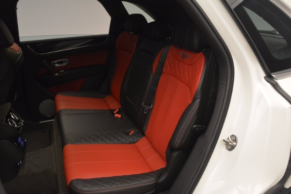 Used 2018 Bentley Bentayga Onyx for sale Call for price at Alfa Romeo of Greenwich in Greenwich CT 06830 23